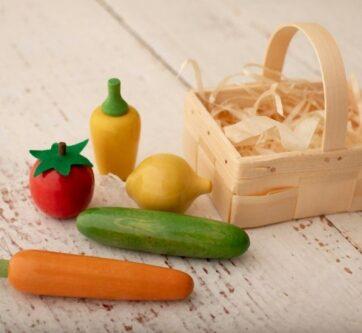 Zdjęcie Zestaw warzywa drewniane 5szt w łubiance EKO-BASTJAN - producenta EKO-BASTJAN